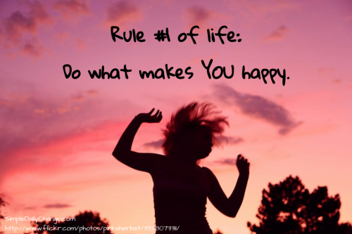 girl-jumping-sunset-makes-you-happy-quote-500x333
