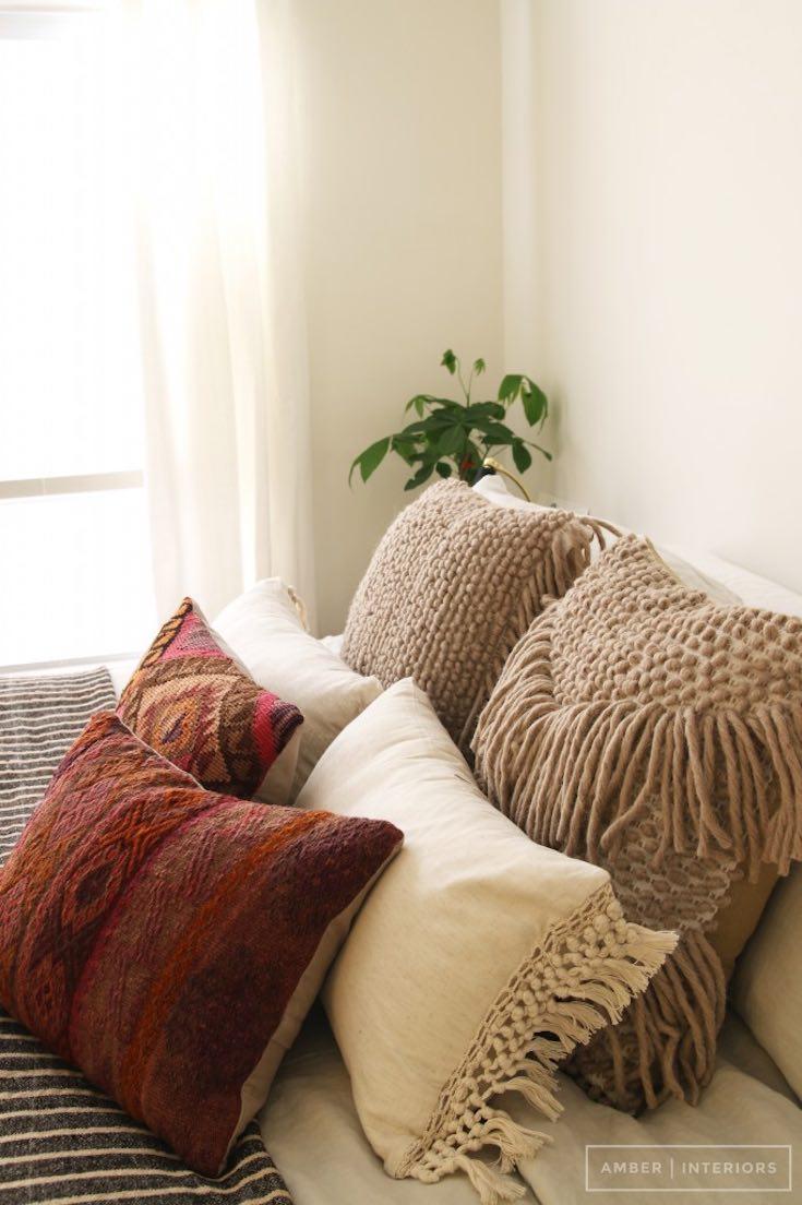 Como deixa a casa aconchegante no inverno almofadas
