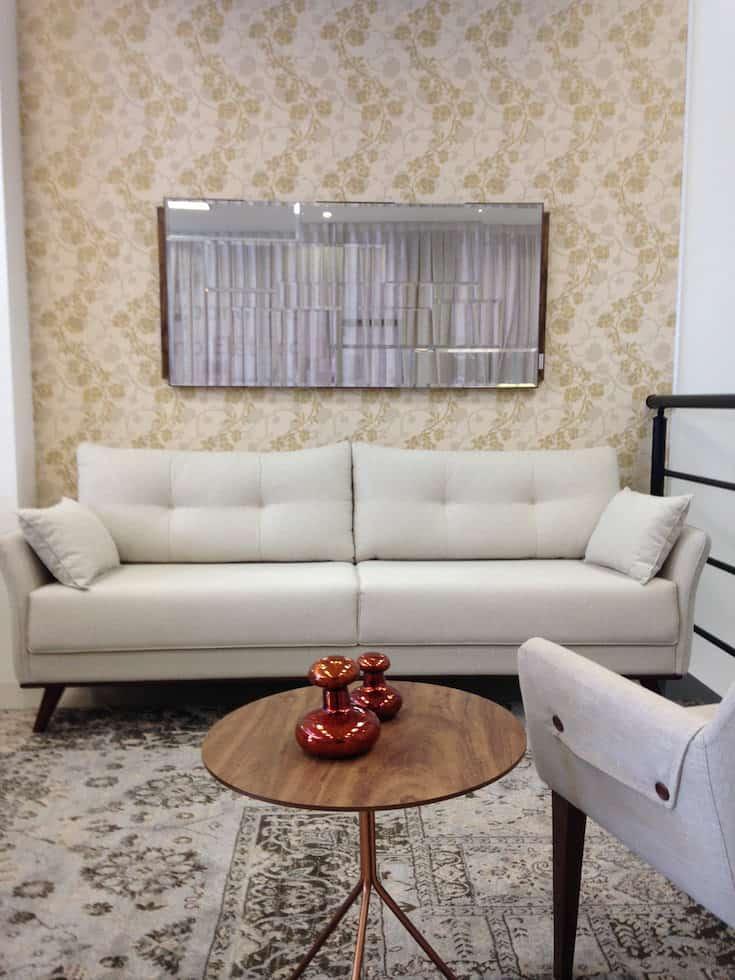 o sofa perfeito para sala pequena sofá delicato