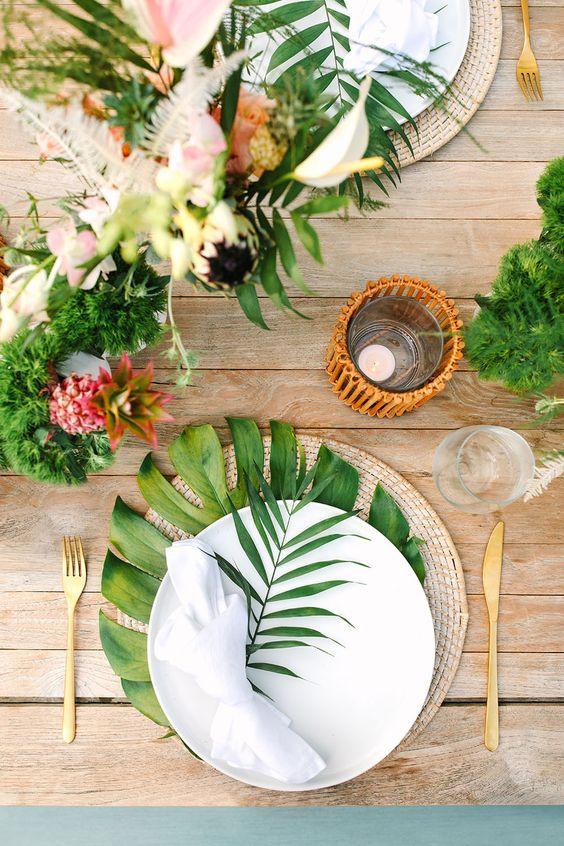 decoração de natal simples mesa tropical