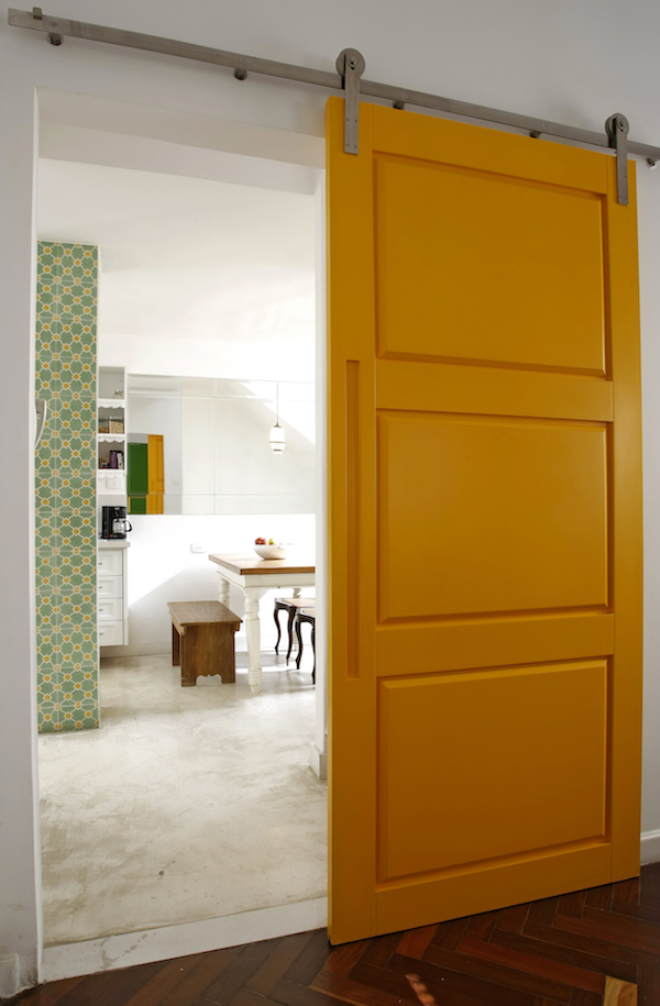 Casa mais alegre com a cor amarela